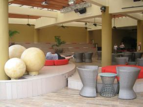 Garden Terrace, and where entertainment is