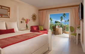 Deluxe (standard) room. Courtesy of Dreams Punta Cana